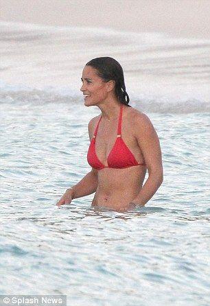Pippa-Middleton-Bikini-4