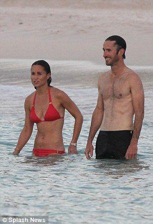 Pippa-Middleton-Bikini-7