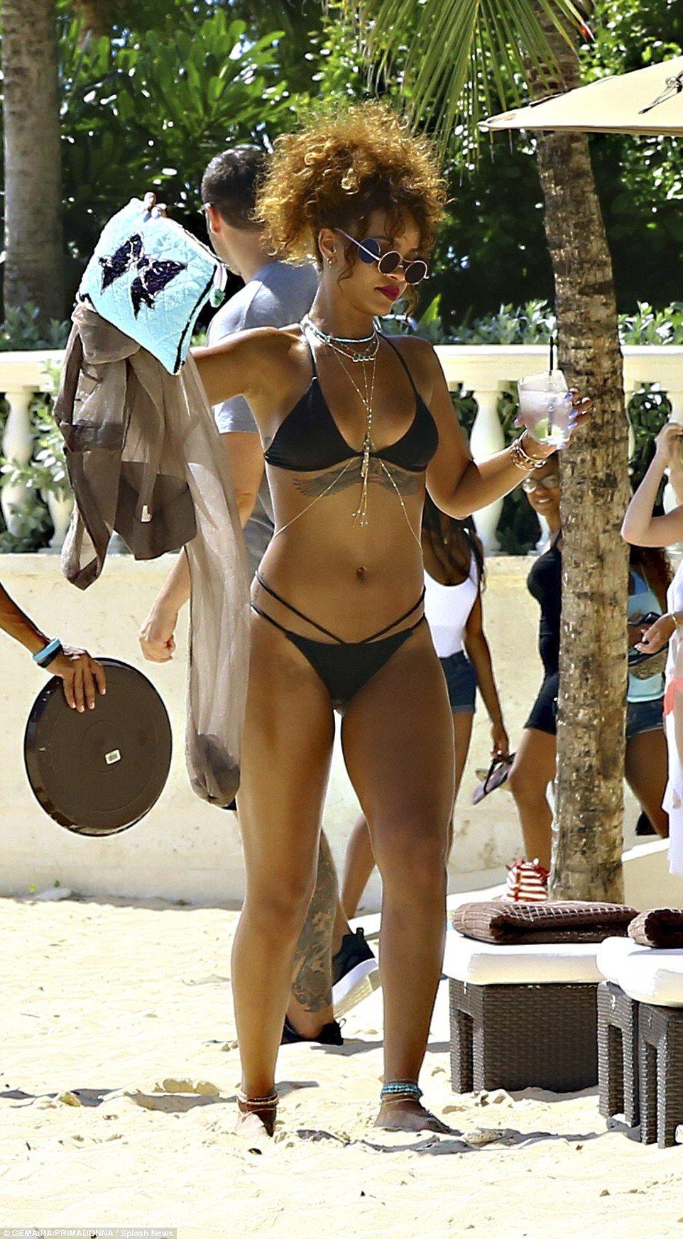 Rihanna in a Bikini (30 Photos)