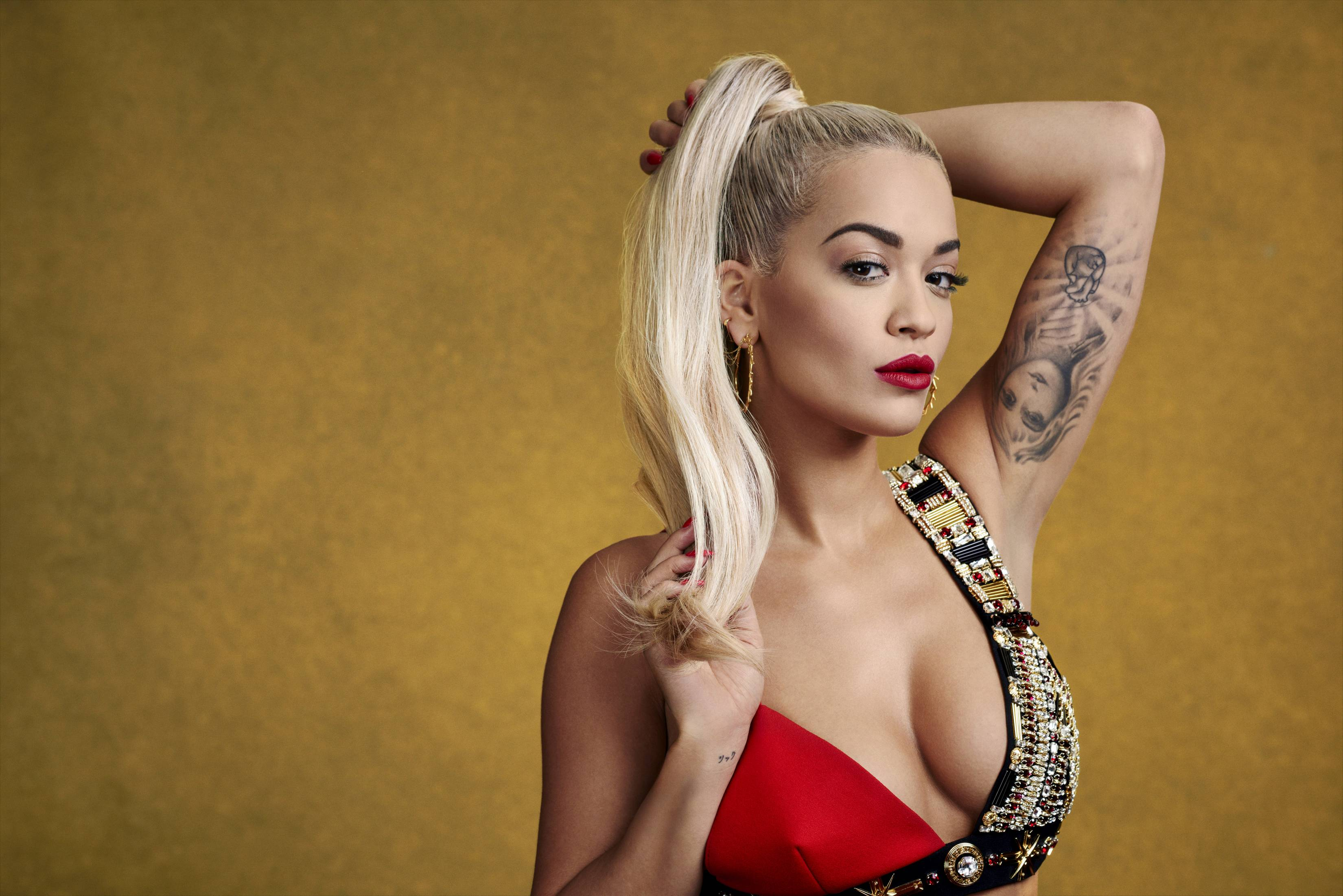 Rita ora huge cleavage