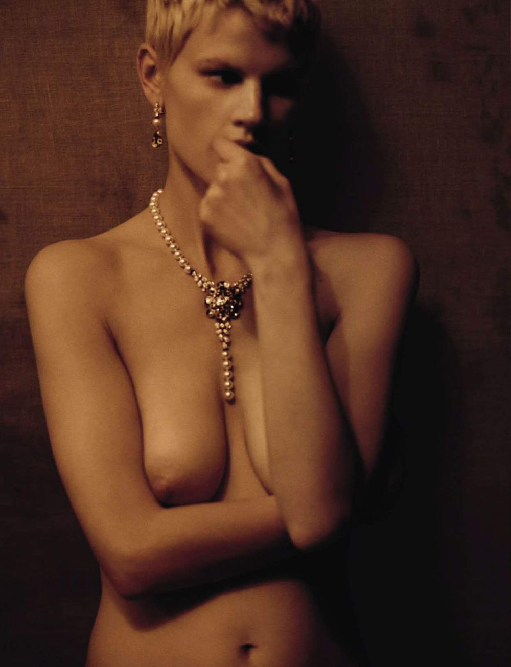 naked (55 photo), Topless Celebrity pics