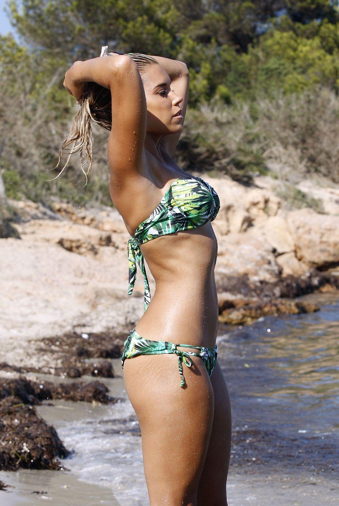 Sylvie Meis Bikini Nude Photos 27