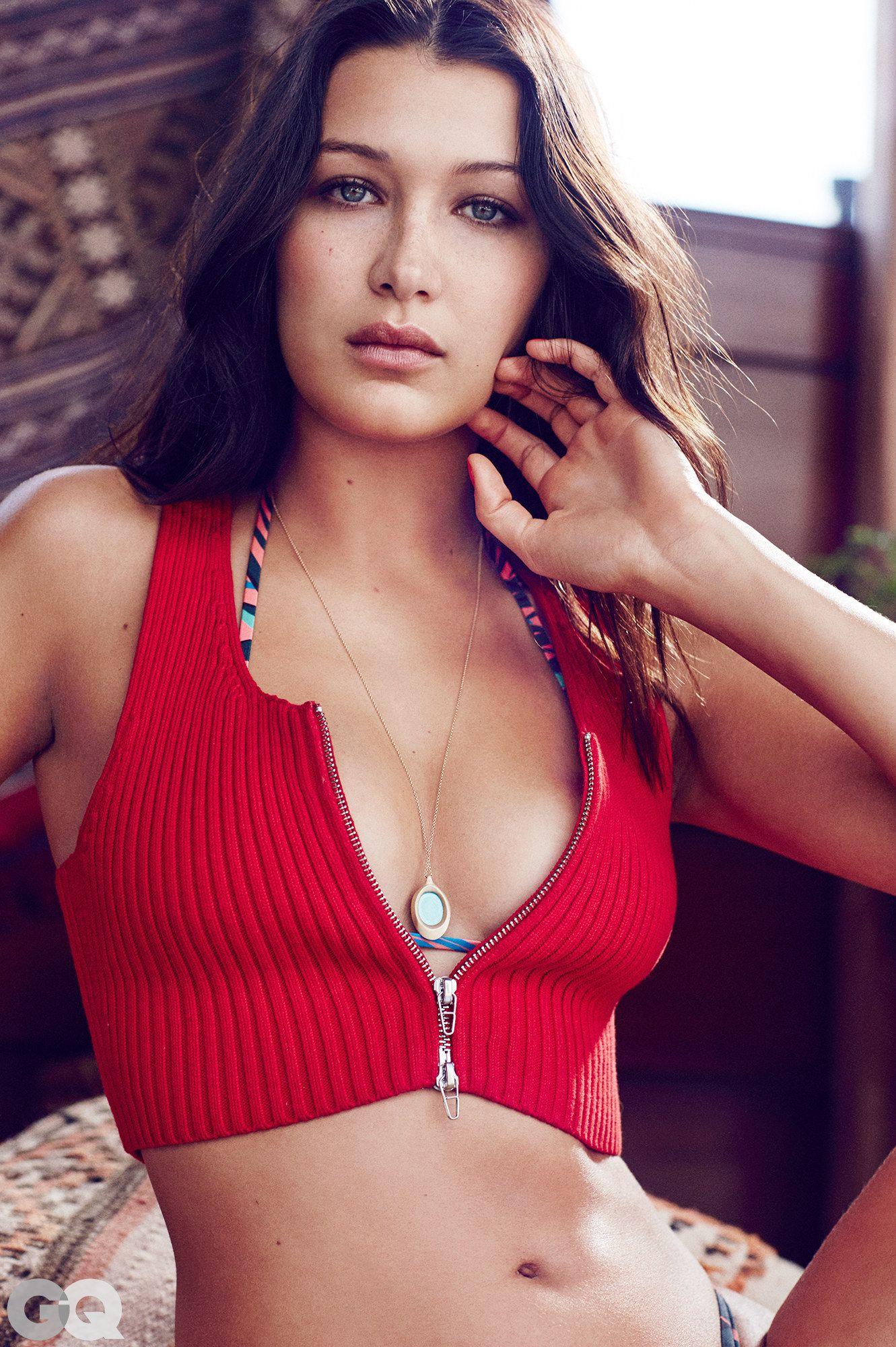Bella-Hadid-Sexy-1
