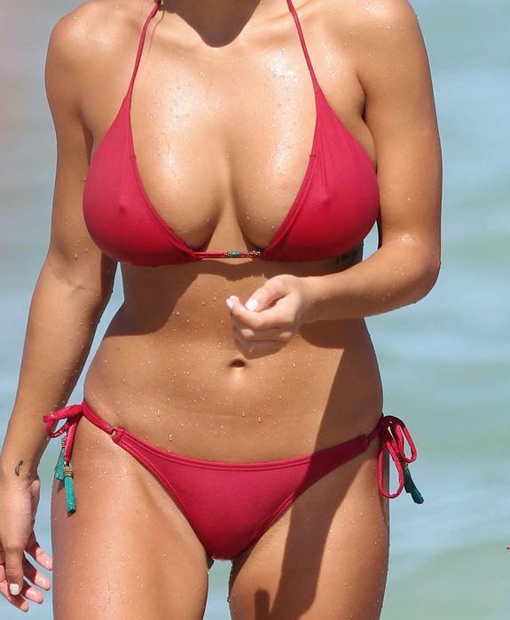 Devin-Brugman-and-Natasha-Oakley-in-a-Bikini-15