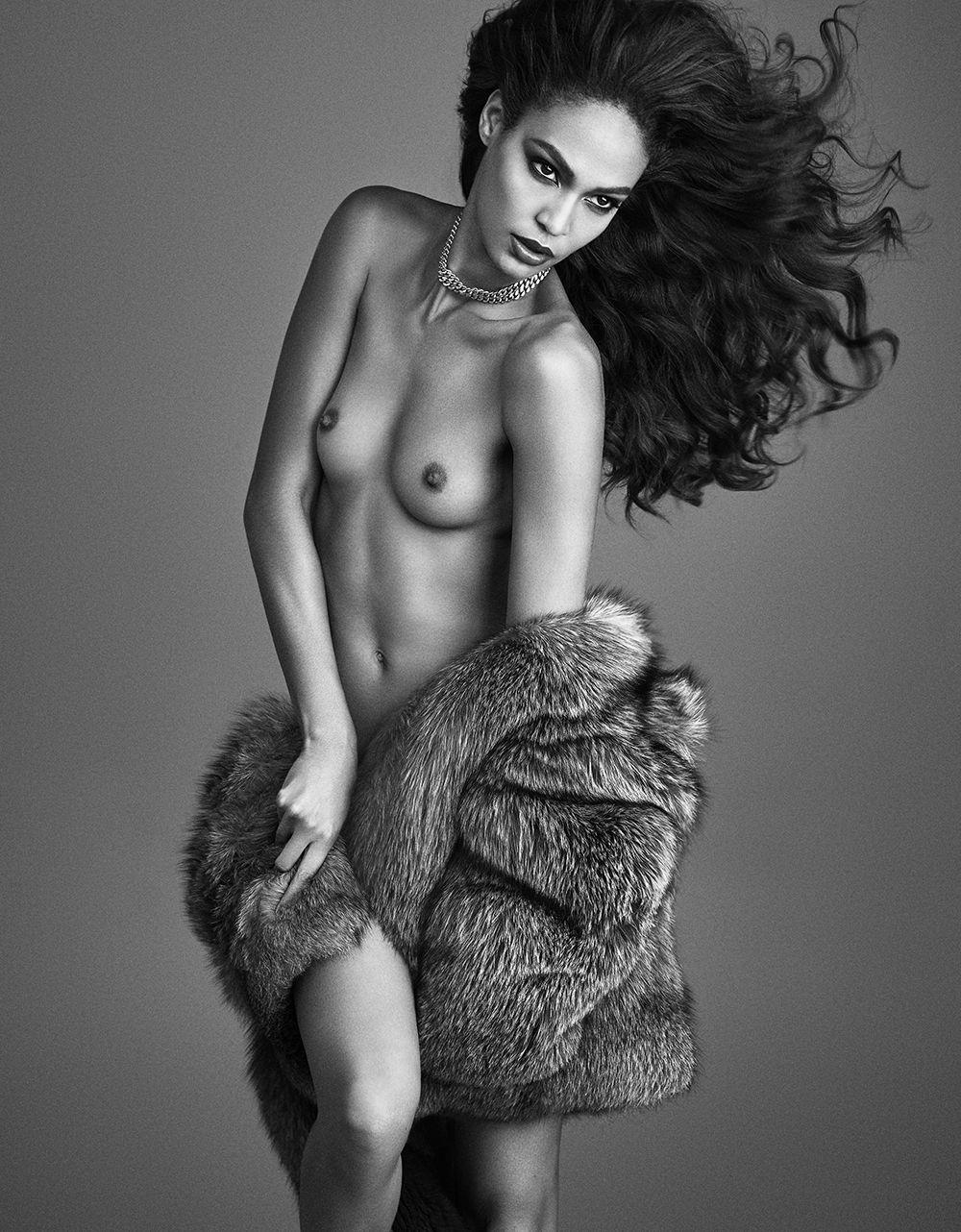 Joan Smalls Topless (9 Photos)