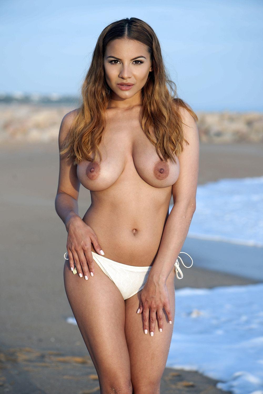 Lacey Banghard Topless (4 New Photos)