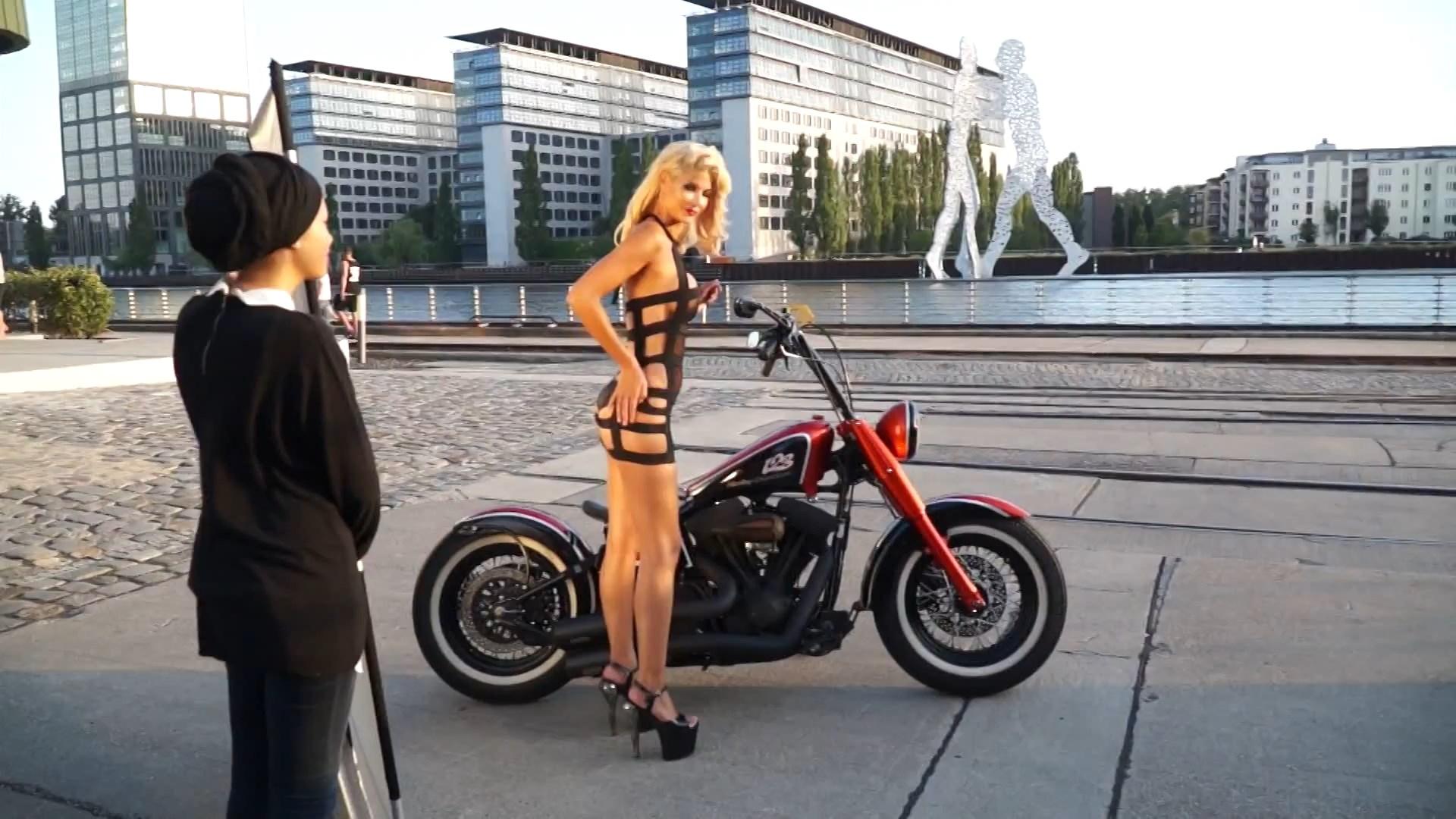 Micaela Schäfer Sexy (36 Photos)