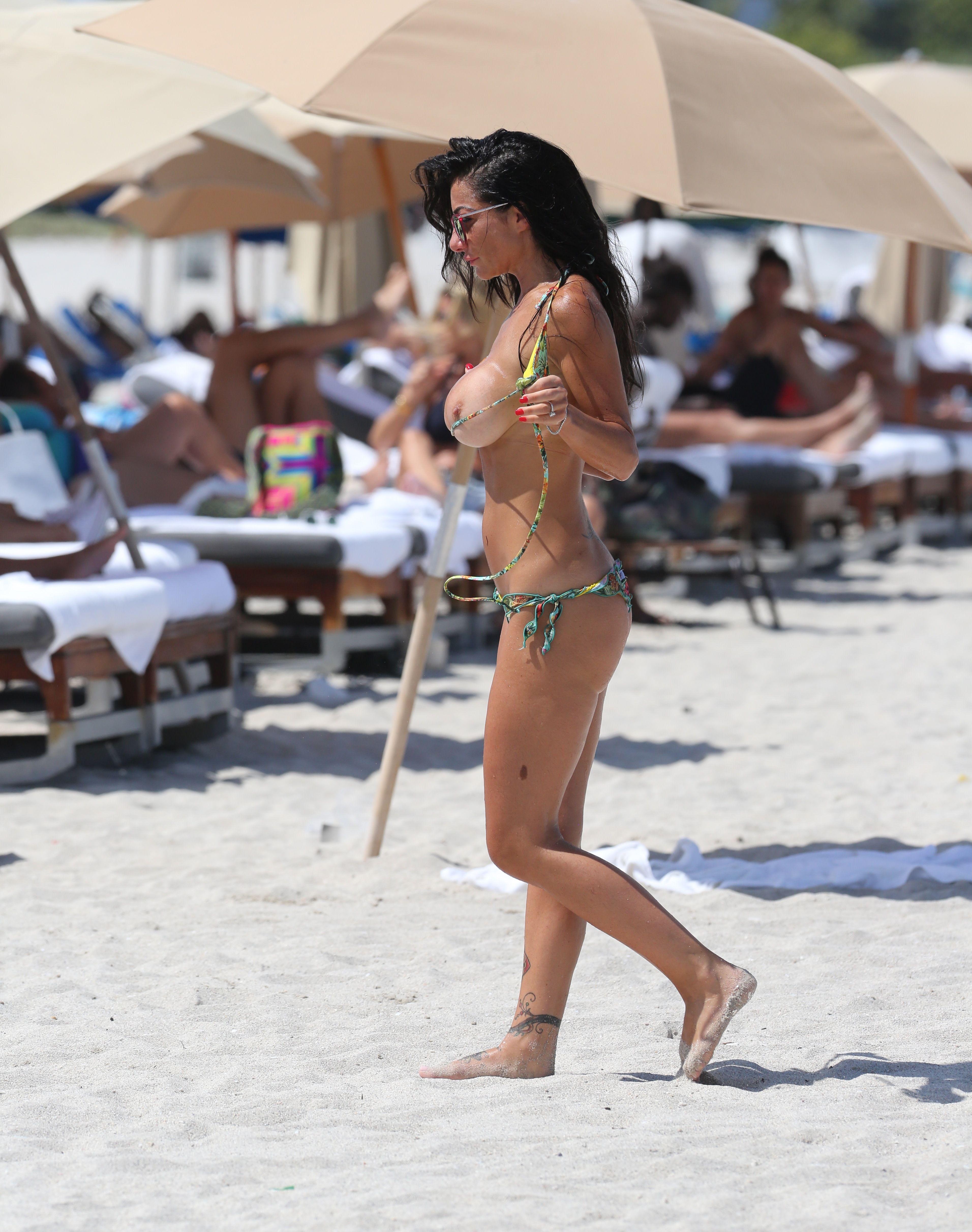 vip nude porn on beach