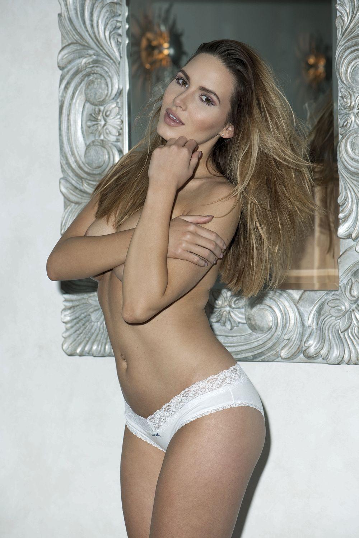 Sabine Jemeljanova Topless (4 New Photos)