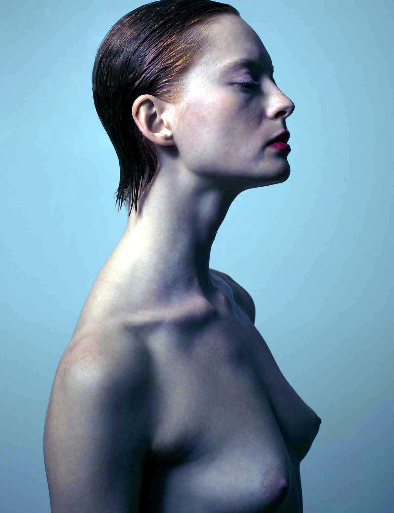 Sculpt-Nude-Models-10