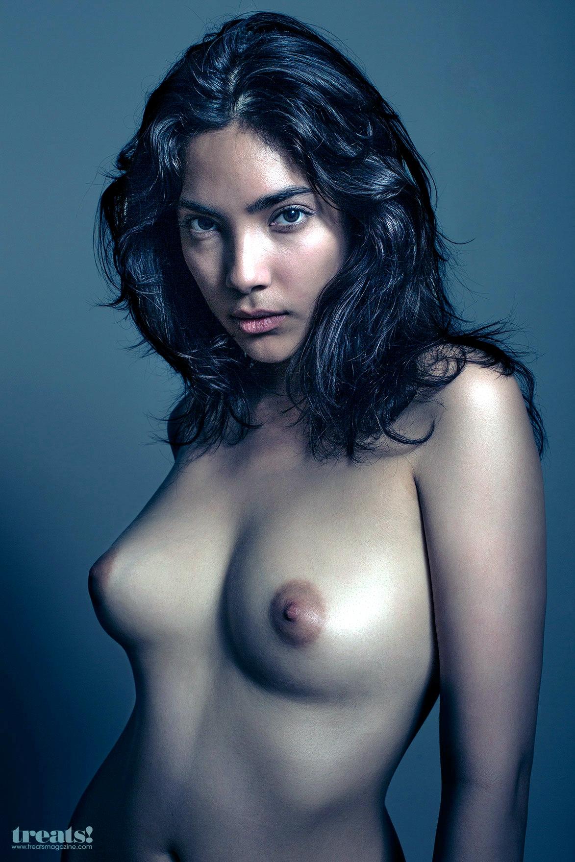 Sculpt-Nude-Models-23
