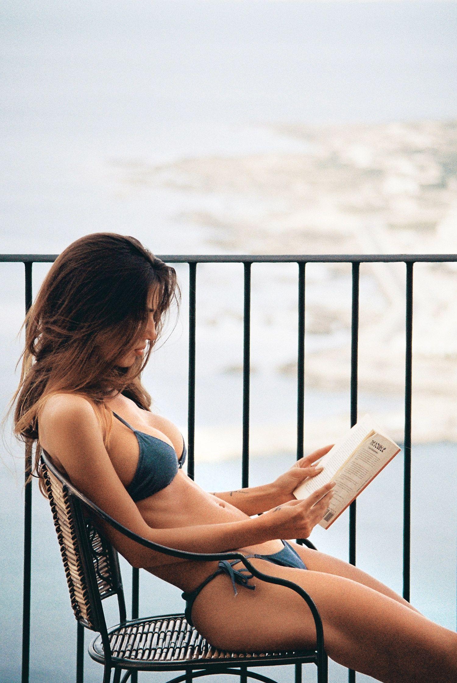 Valeriya-Volkova-Topless-Bikini-17