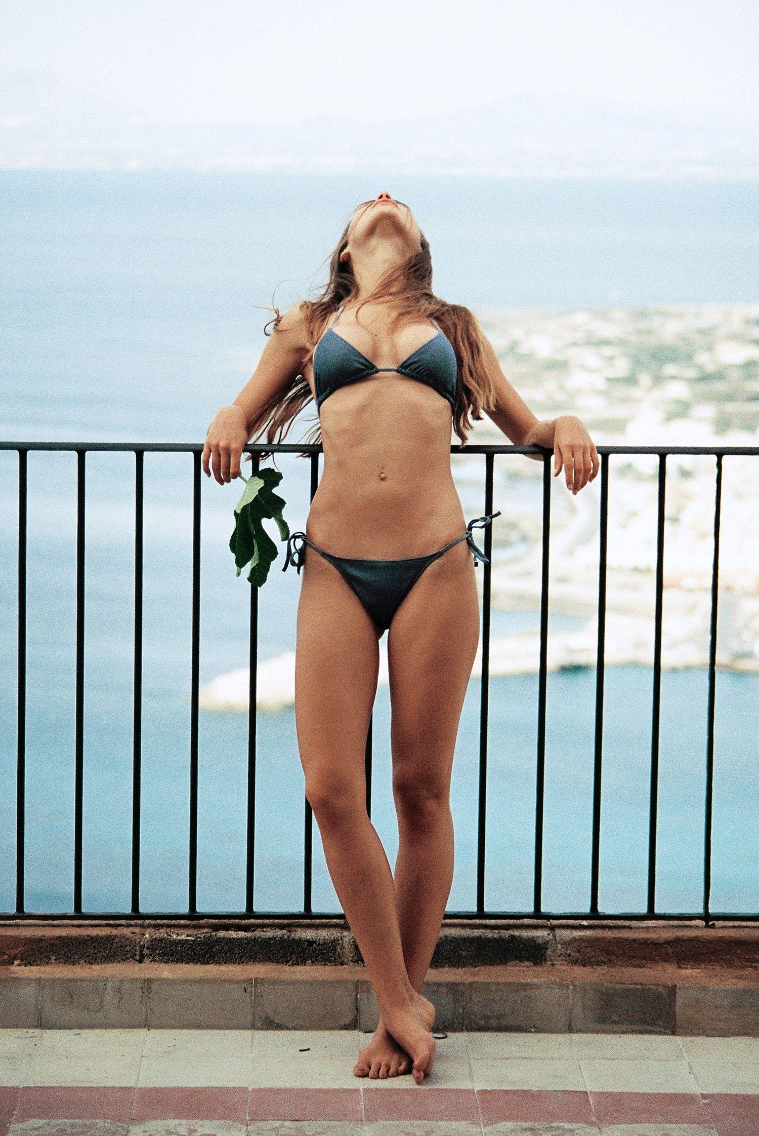 Valeriya-Volkova-Topless-Bikini-18