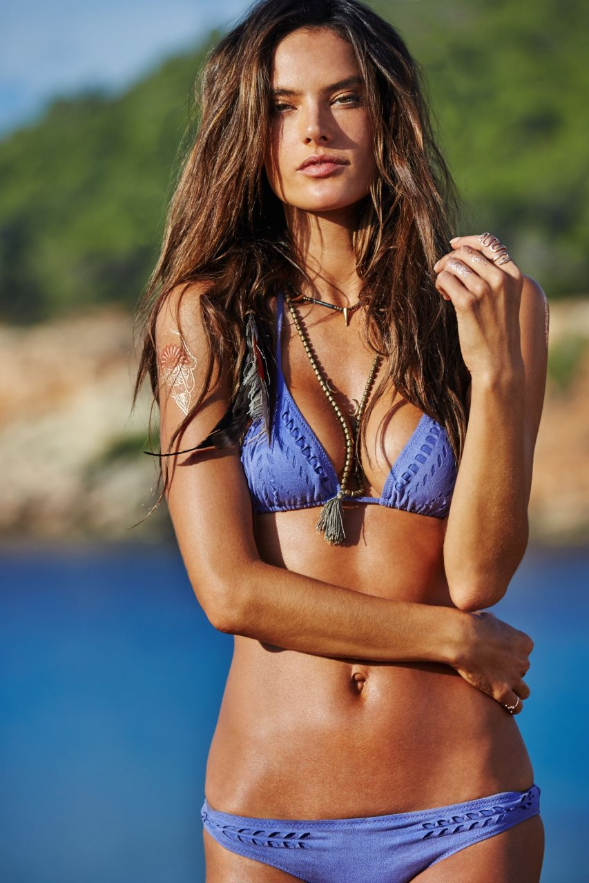 gorgeous bikini supermodels