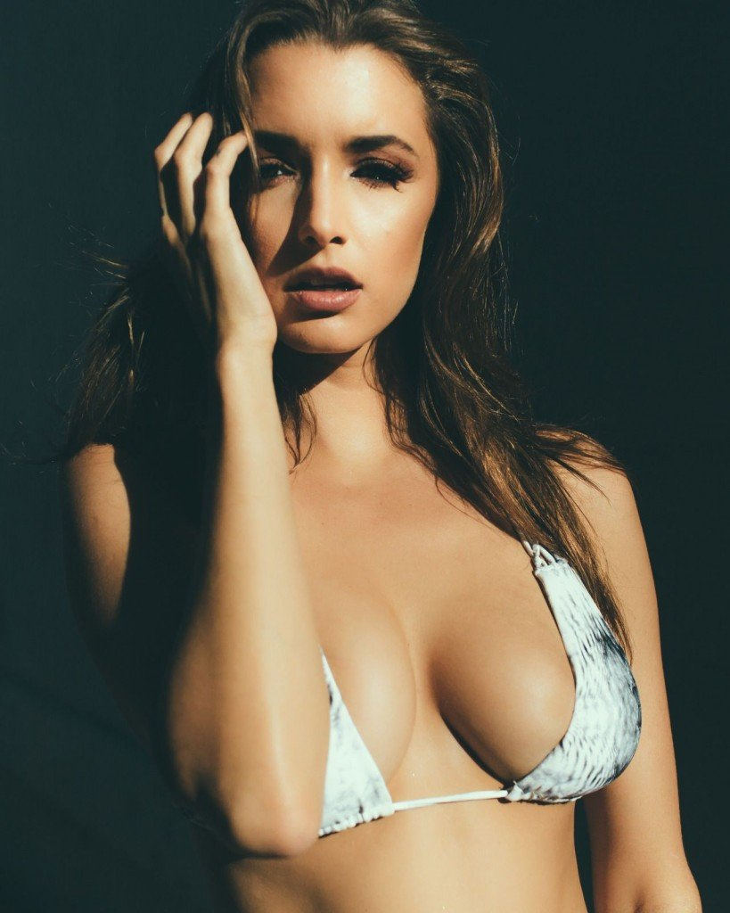 Alyssa Arce Sexy & Topless (38 Photos)