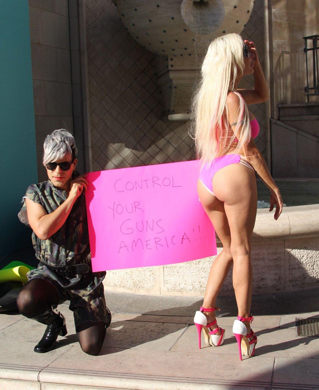 Angelique Morgan in a Bikini (15 Photos)