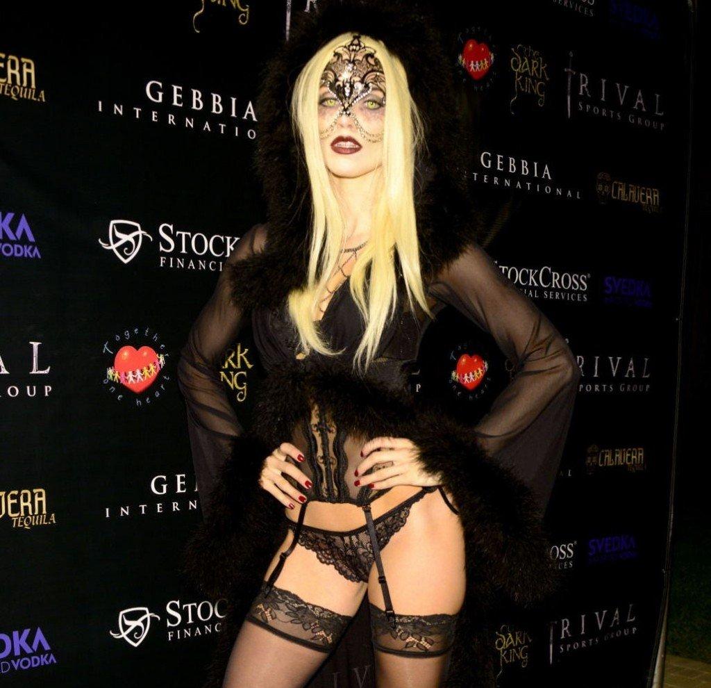 AnnaLynne-McCord-Sexy-1
