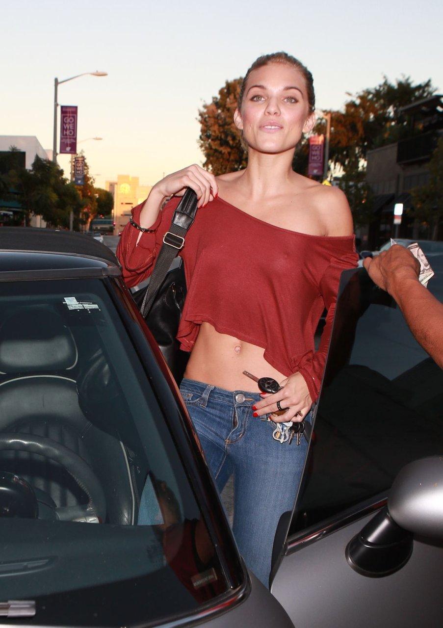 Annalynne McCord Braless (35 Photos)