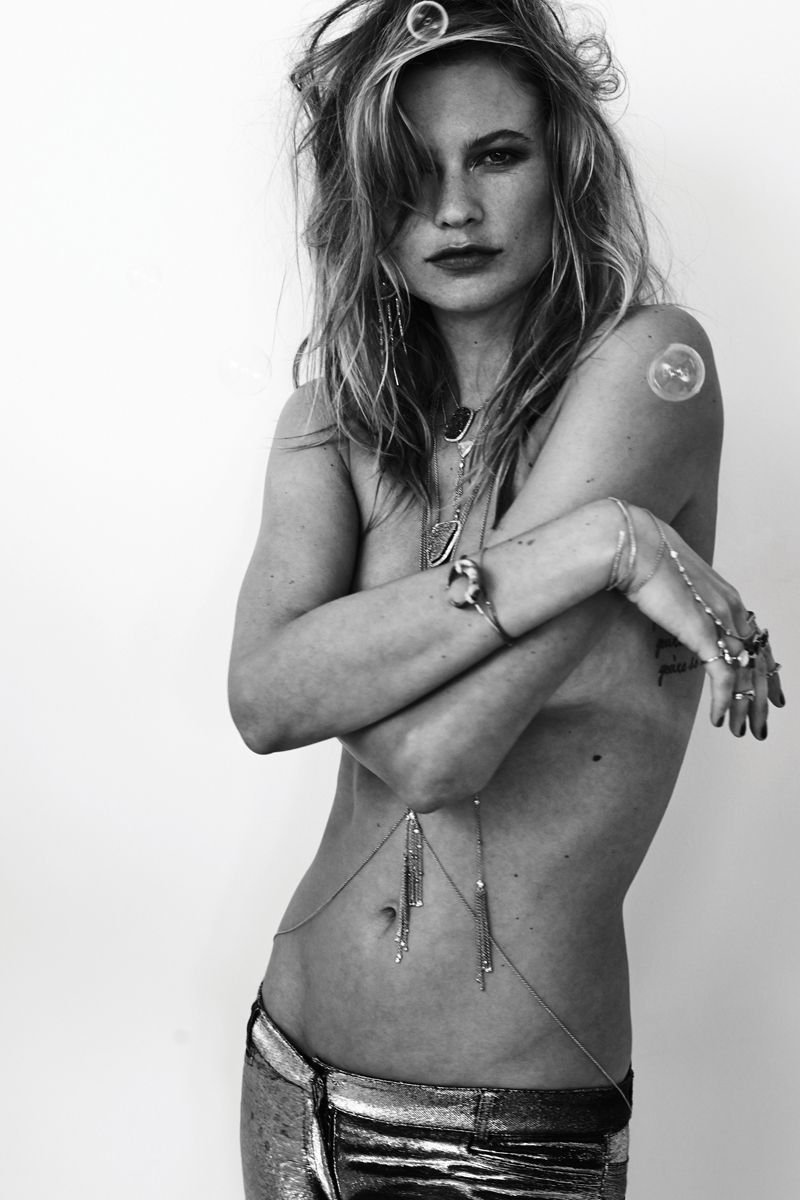 Behati Prinsloo Sexy & Topless (51 Photos)