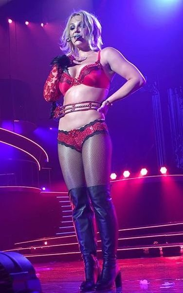 Britney Spears Sexy (14 Photos)