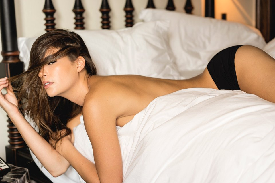 Brittani Bader Sexy & Topless (14 Photos)