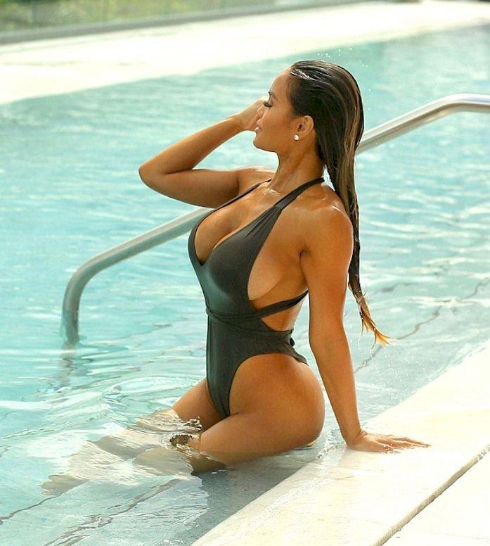 Big tit ukraine young girls nude