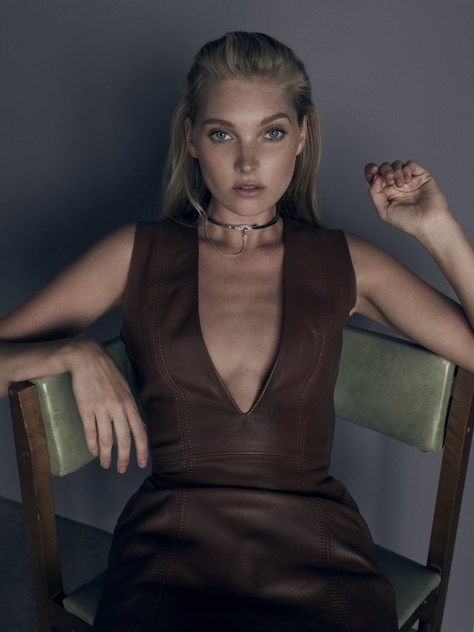 Elsa-Hosk-Topless-Sexy-2