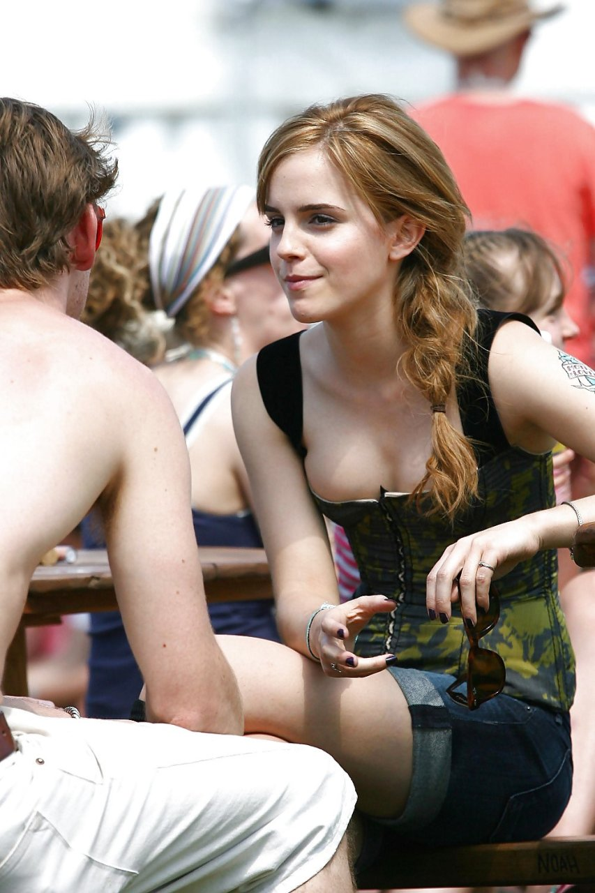 emma watson ooops collection 18 photos thefappening