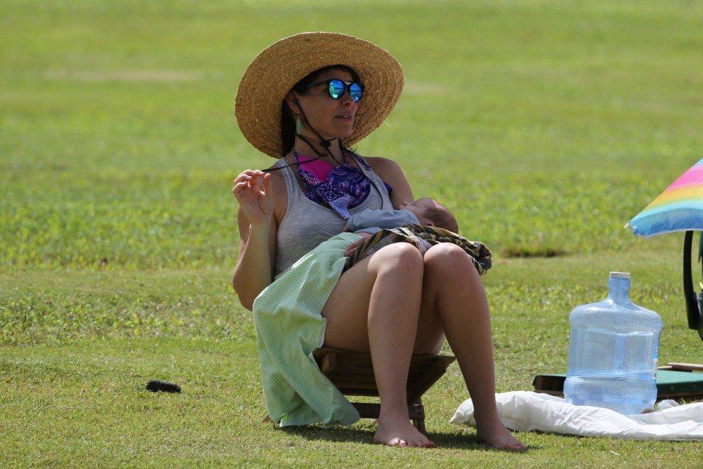 Evangeline Lilly in a Bikini (14 Photos)