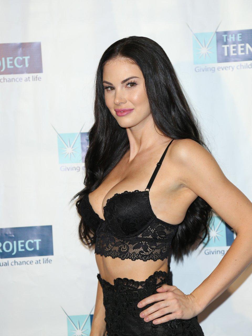 Jayde Nicole Naked 51