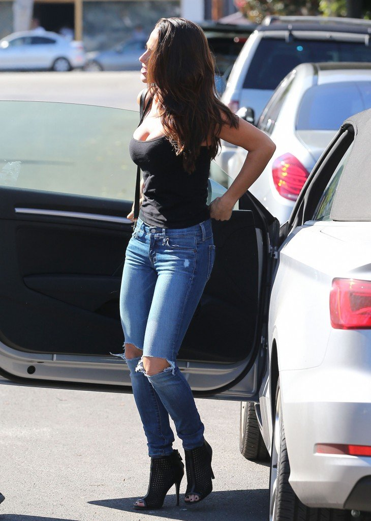 Jessica Lowndes Busty (23 Photos)