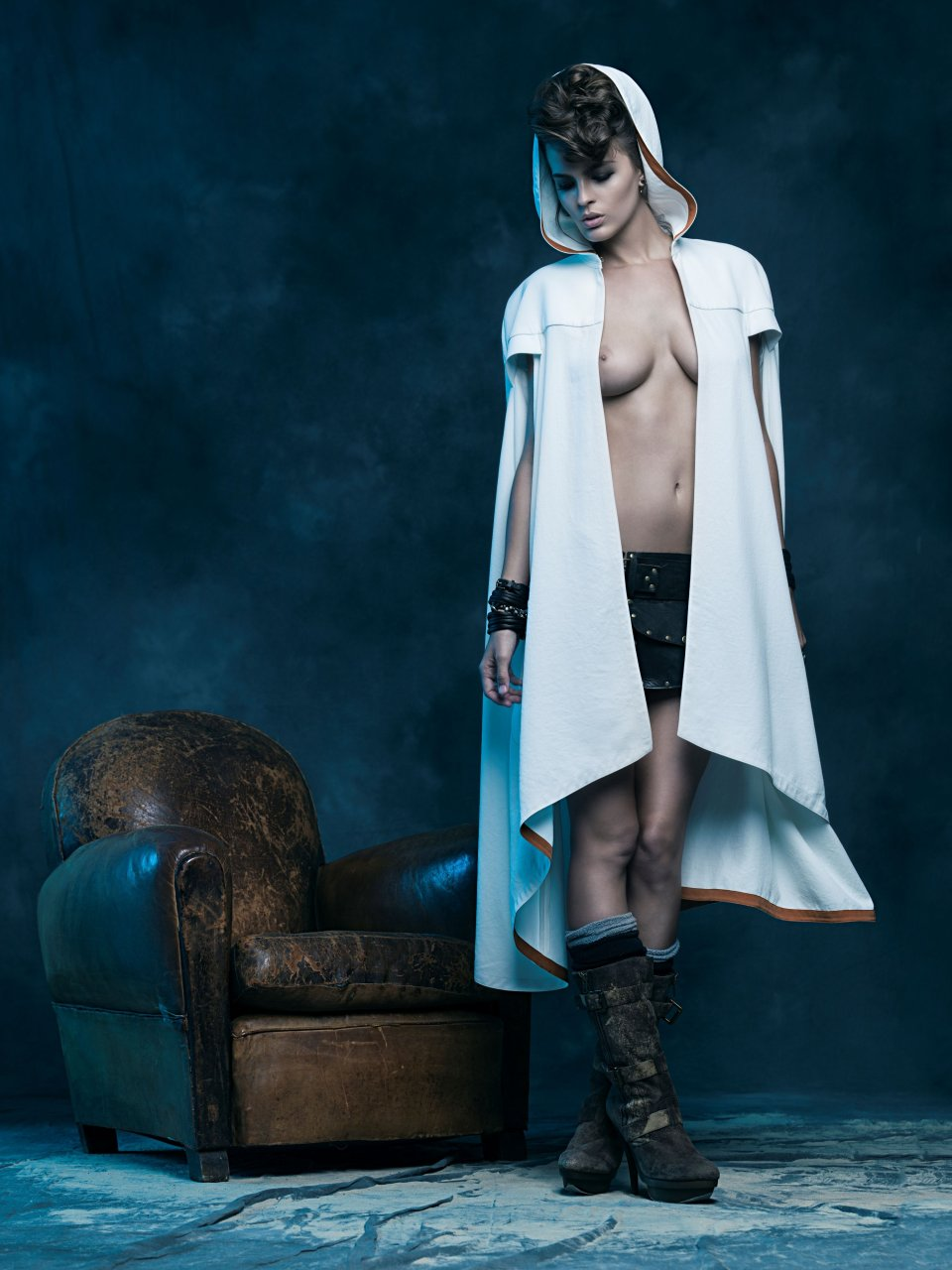 Katelyn-Pascavis-Sexy-Topless-2