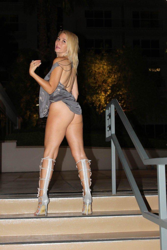 Nadeea Volianova Sexy (22 Photos)
