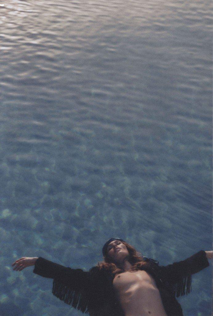 Nicole-Trunfio-Topless-1