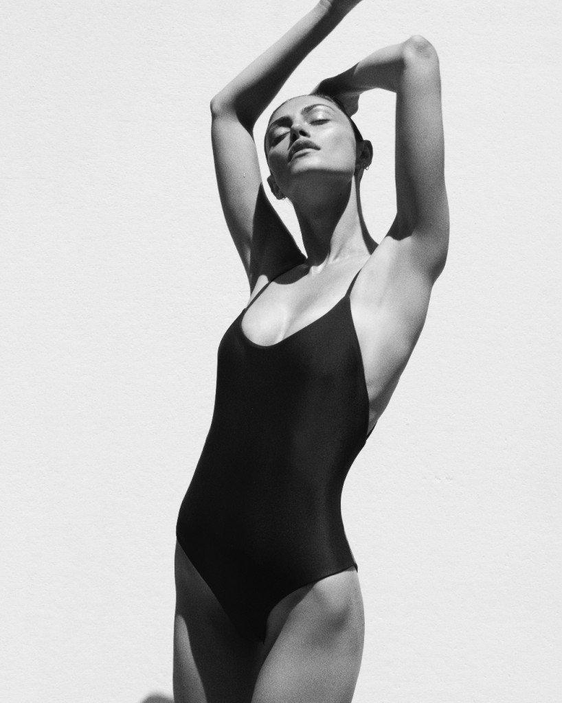 Phoebe Tonkin Sexy (7 Photos)
