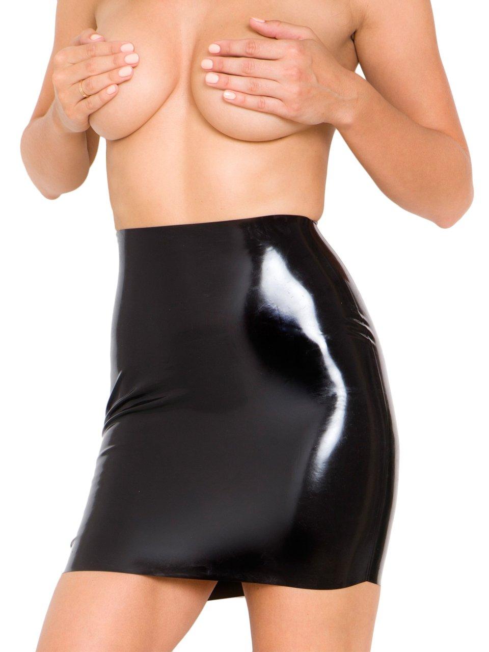 Rosie Jones Topless (17 Photos)