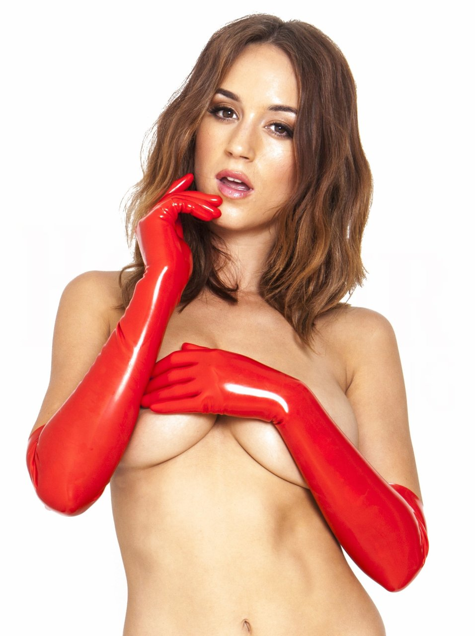 Rosie-Jones-Topless-4