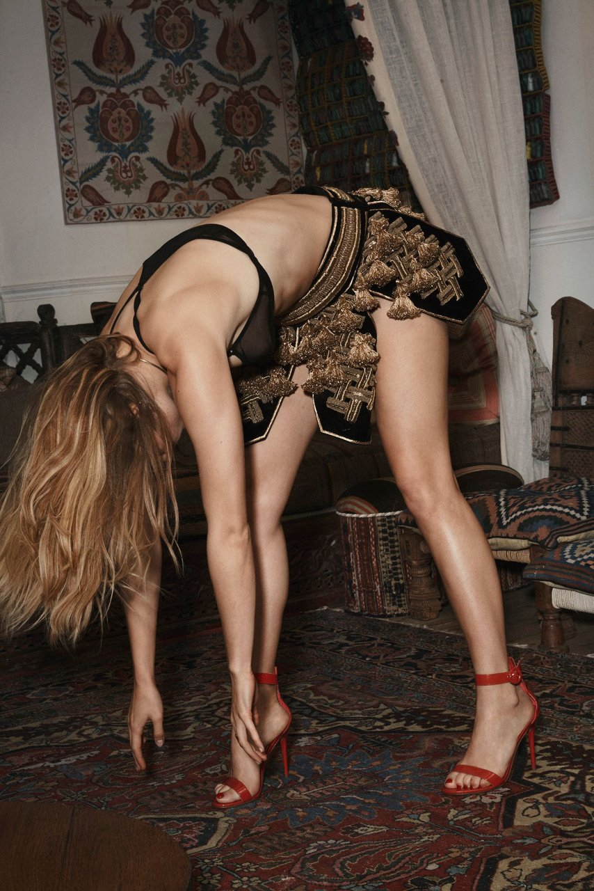 Suki Waterhouse Sexy (9 Photos) - Celeb Jihad en Español: celebjihad.es/suki-waterhouse-sexy-9-photos