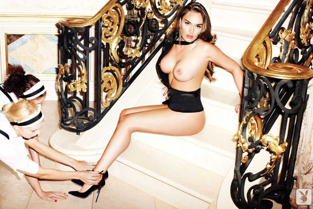 Tamara Ecclestone Topless (10 Photos)