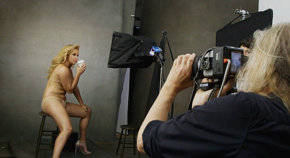 Comedian amy schumer nude