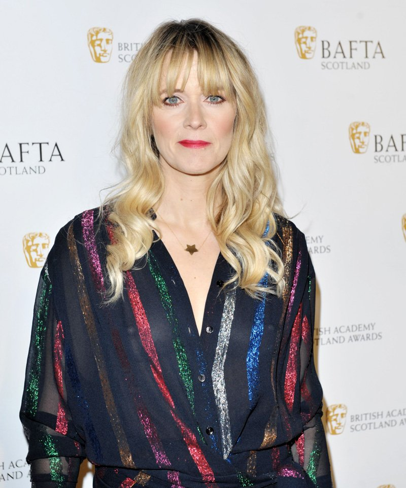 Edith-Bowman-Braless-2