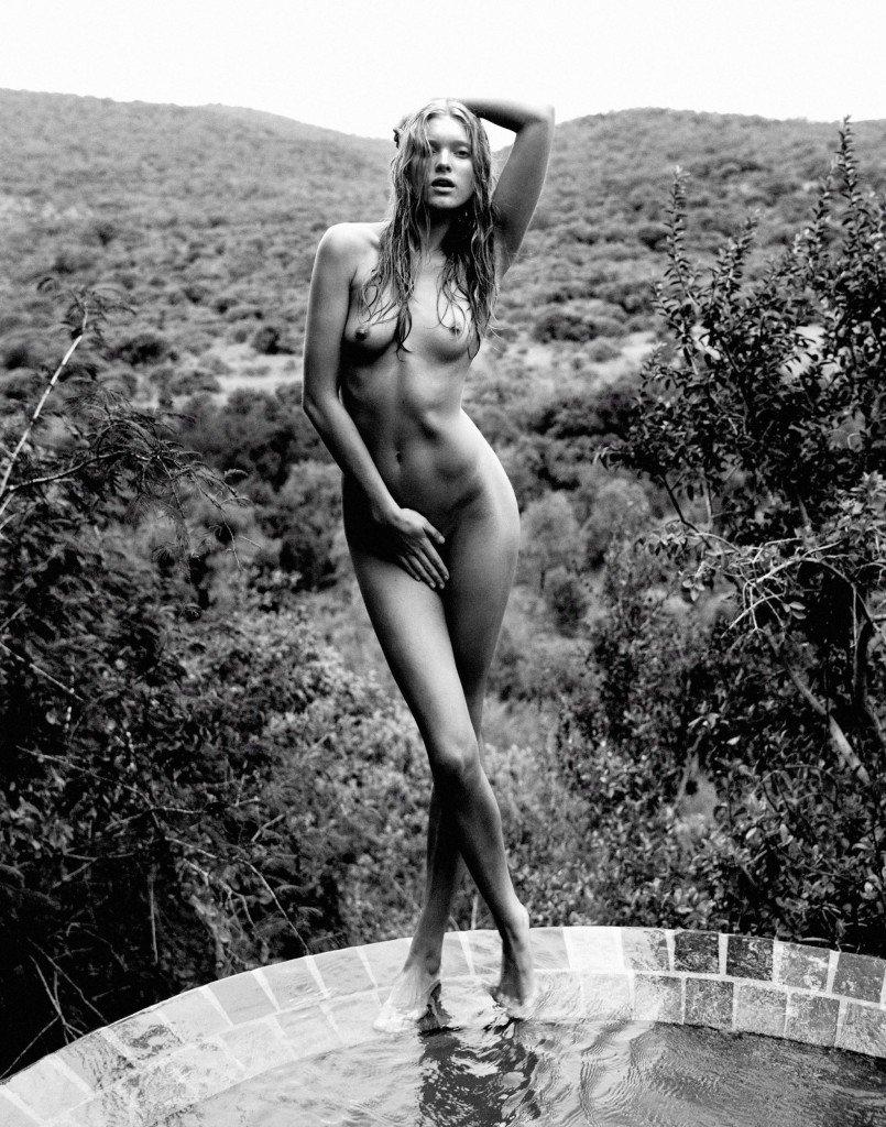 Elsa-Hosk-Nude-3