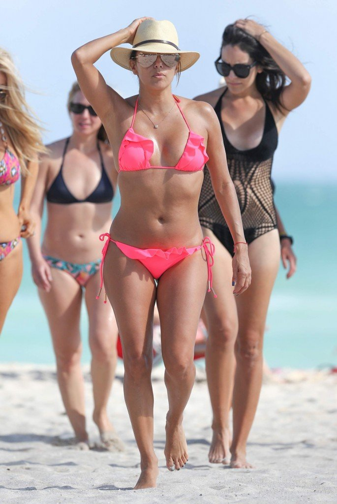 Eva Longoria in a Bikini (53 Photos)