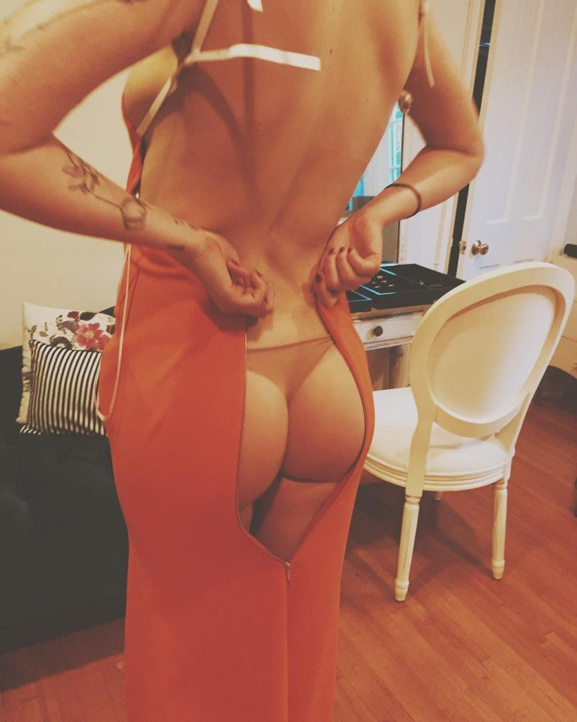 Ireland-Baldwin-Ass
