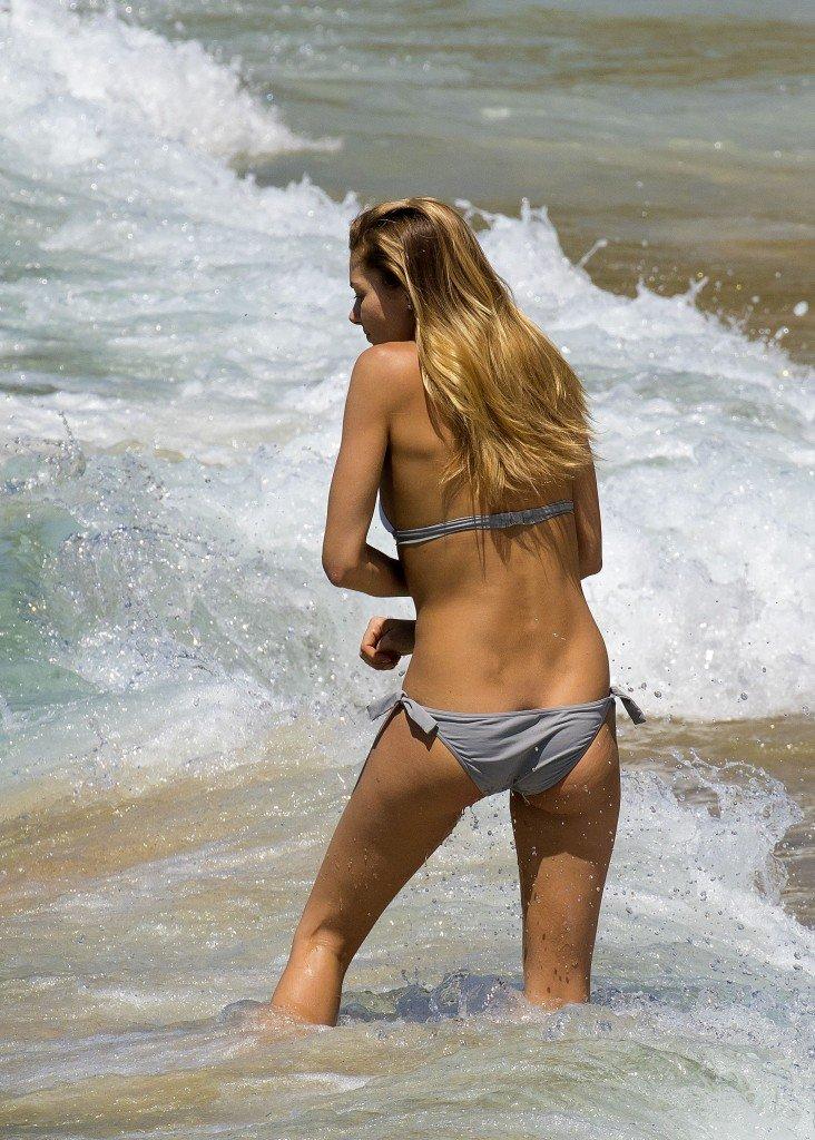 Jessica Hart in a Bikini (69 Photos)