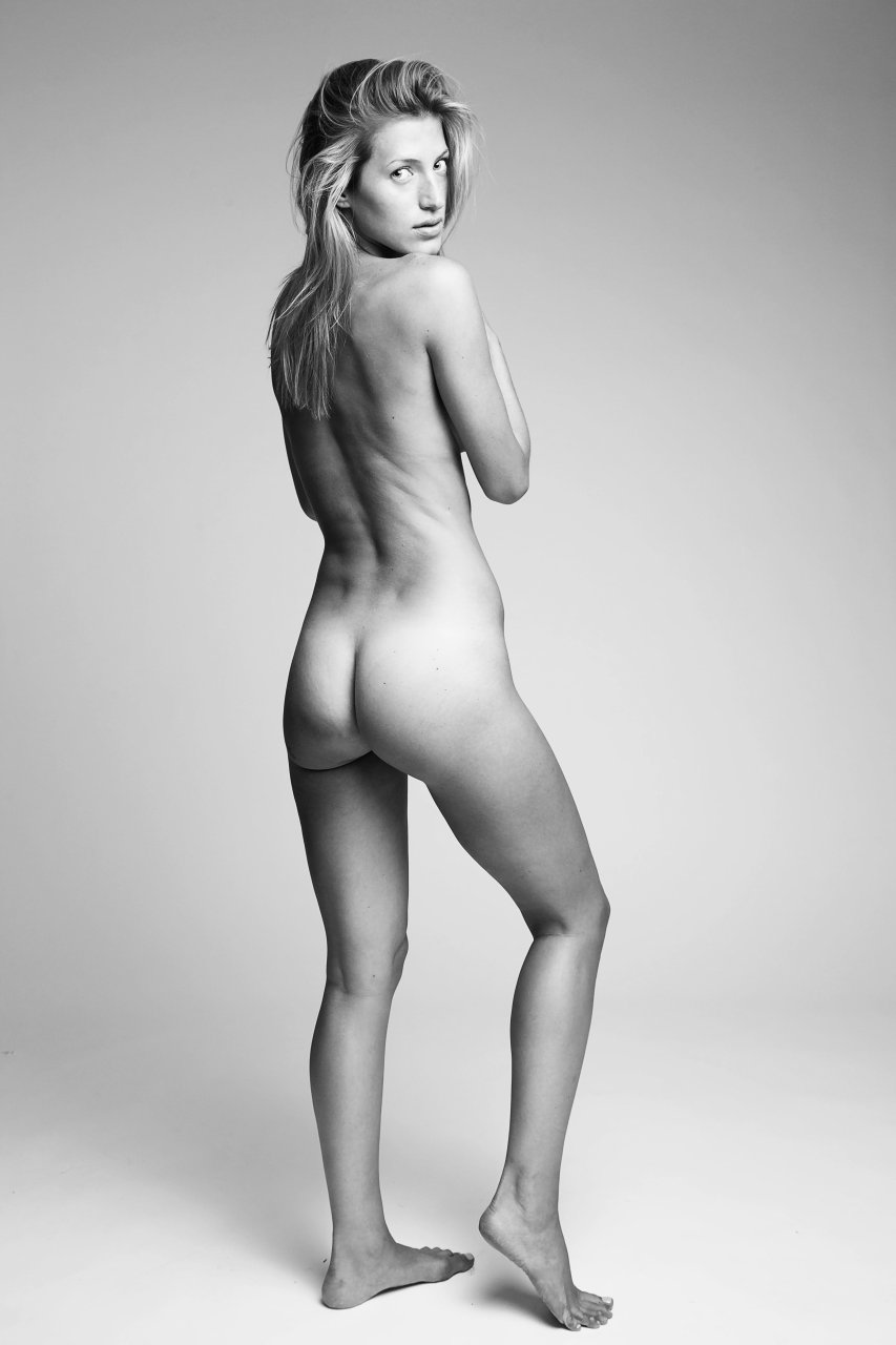 nude photos of female models