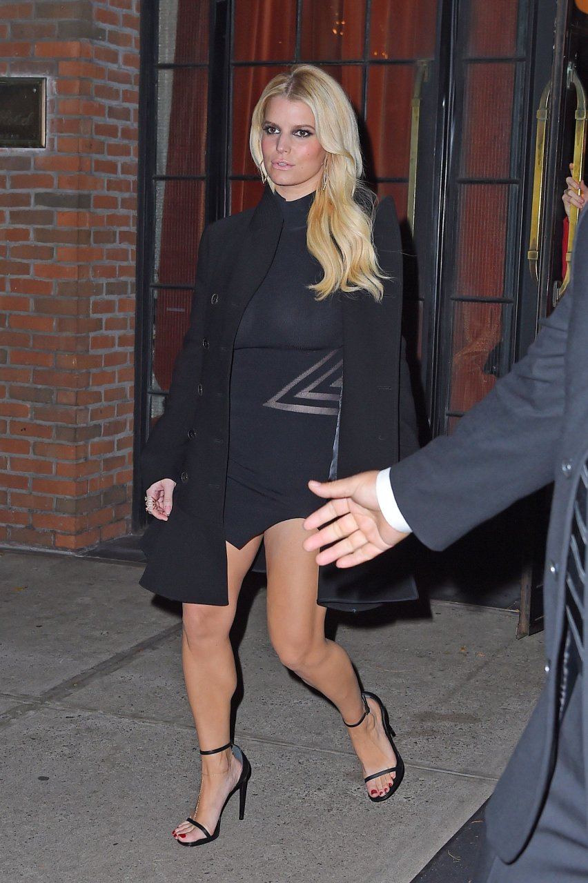 Jessica simpson see late, than