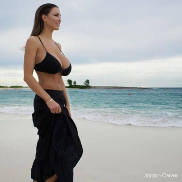 Jordan-Carver-Topless-Sexy-15