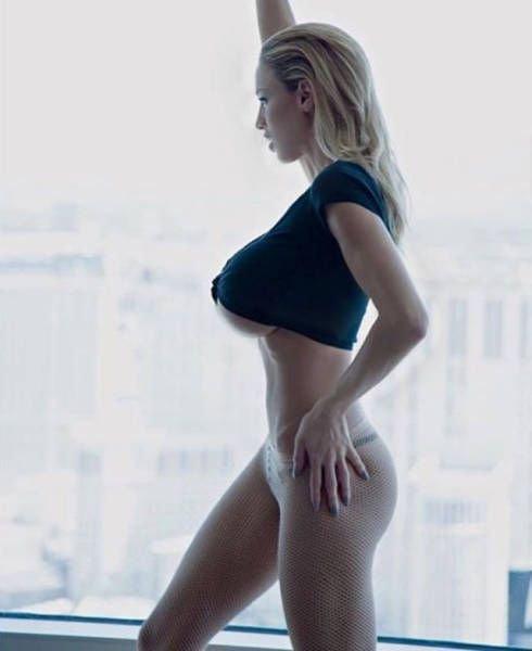 Jordan-Carver-Topless-Sexy-22