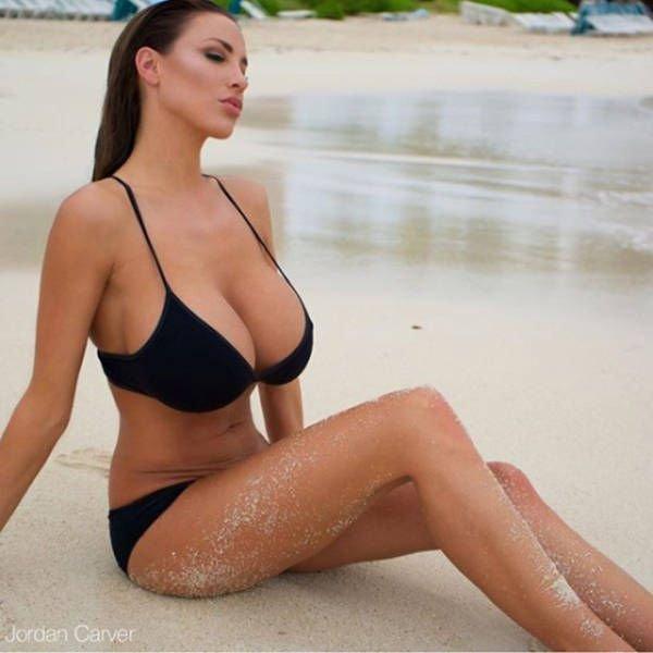 Jordan-Carver-Topless-Sexy-3